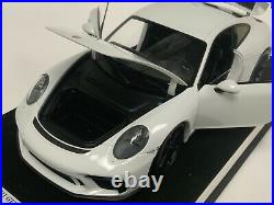 1/18 Minichamps Porsche 911 GT3 in White from 2017 Black Wheels on leather base