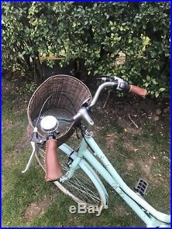 Ladies Victoria Pendelton Bike 28 Wheel Collection From Colchester, Essex