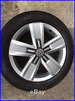 VW T6 Transporter 4 Davenport 17 Alloy Wheels Tyres Done 200 Miles From New